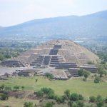 La Pirámide de la Luna en Teotihuacán