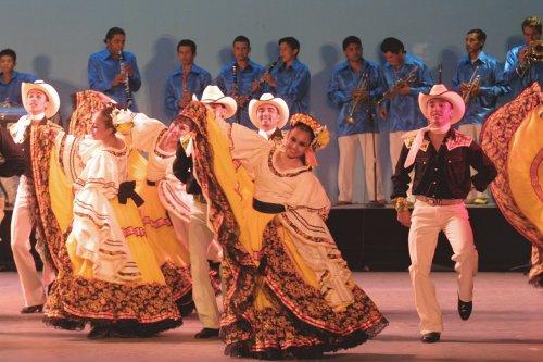 El tradicional Ballet Folkórico de México