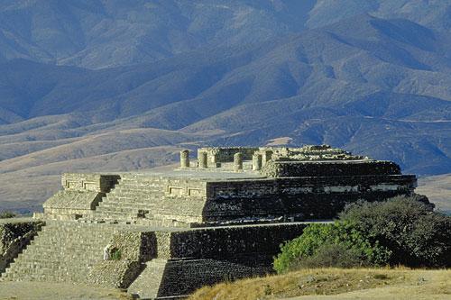Piramide de Monte Alban