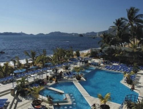 Estadía en el Copacabana Beach Hotel de Acapulco