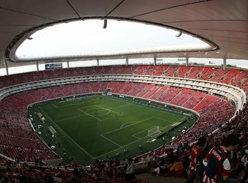 """Las """"Chivas"""" de Guadalajara y el Estadio Omnilife"""