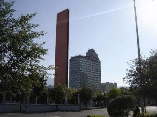 Faro del Comercio, emblema de Monterrey