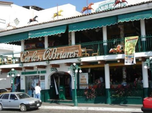 Carlos Obrians en Puerto Vallarta